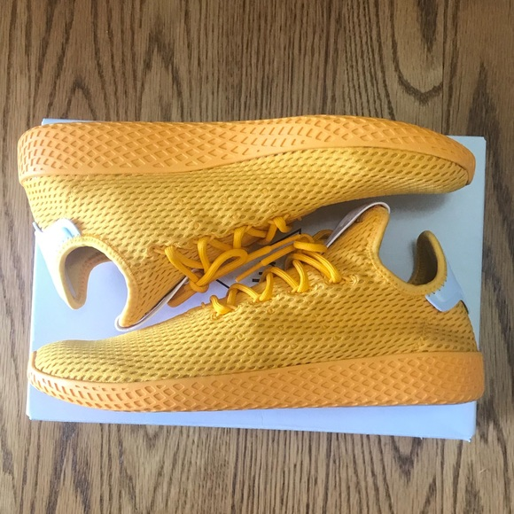 le adidas pharrell williams umano cp9767 oro poshmark tennis
